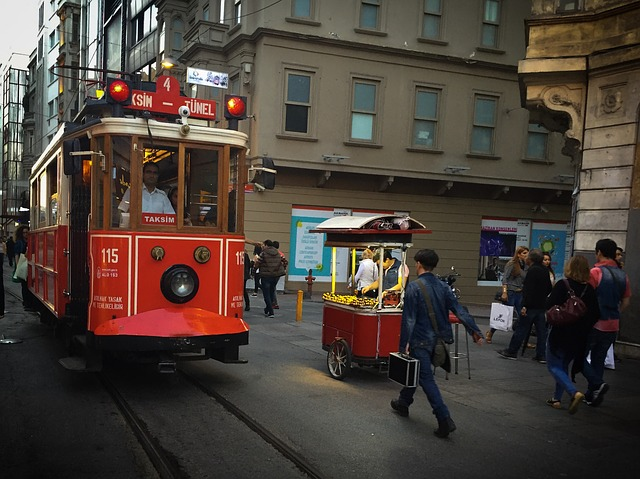 turkey-istanbul-istiklal-street