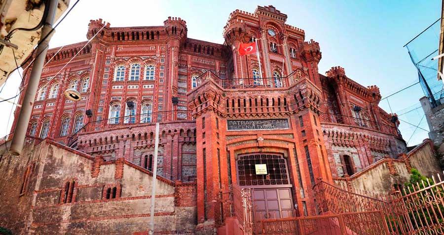 Araştırmacı Yazar Gök Türk'ün anlatımıyla Balat Gezisi